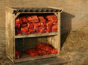 Neue Schuppen für Brennholz